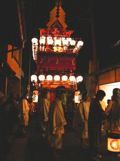 Takayama festival (autumn)-2.jpg