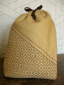 kaki-no-hana pouch.jpg