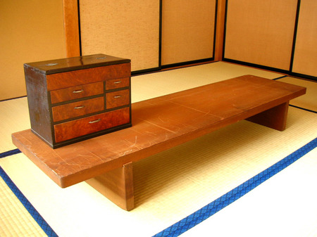 tachi-ita.jpg